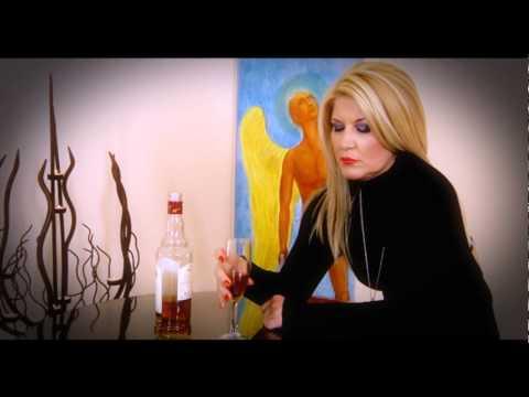 Χαρά Βέρρα - Πάλι Οινόπνευμα | Xara Verra - Pali Oinopnevma - Official Video Clip
