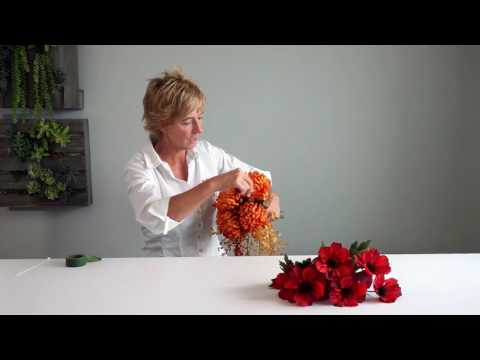 how-to:-autumn-bounty-cascading-bouquet