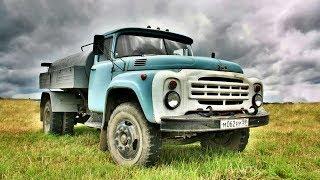 Почему грузовики ЗИЛ 130 красили в голубой цвет