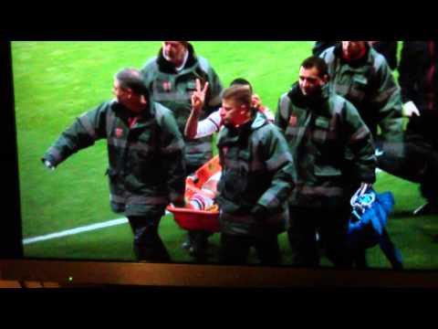 Theo Walcott winding up spurs fans