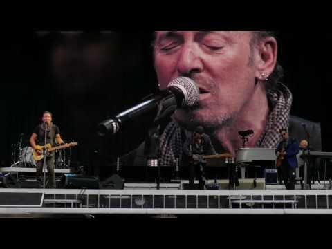Bruce Springsteen - Lost In The Flood - Legendado(2016) mp3