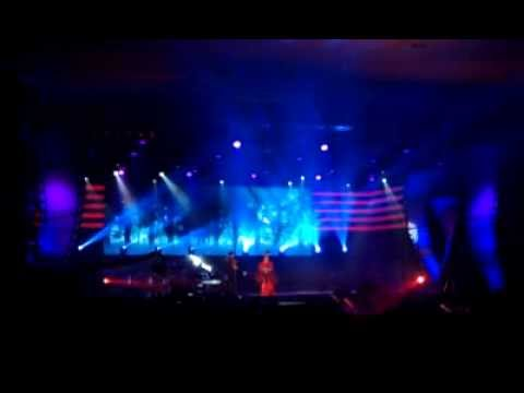 [FANCAM] 111213 Mungkin Melly ft Bondan Prakoso at MG Queen of Soundtrack   cemacumacumi