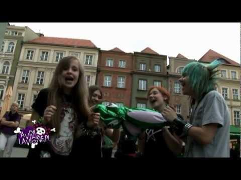 Birthday Project 2011: Happy Birthday Avril!
