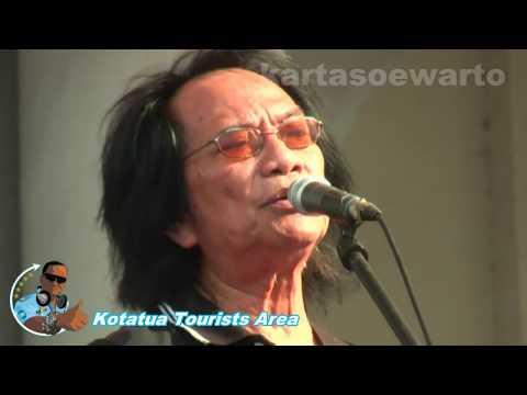 Kisah Sedih Di Hari Minggu - Koes Plus (Kotatua, Jakarta Live 2012)