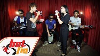 DeMeises & Shiha - Jangan Bilang Siapa Siapa  (LIVE) - Akustik Hot - #HotTV