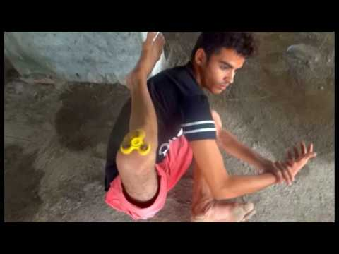 Best bonebreaking dance n contortion with spinner Ravi crazy legz