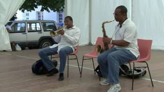Wynton Marsalis improvising on Happy Birthday - Masterclass in Marciac 2007 (Part III)