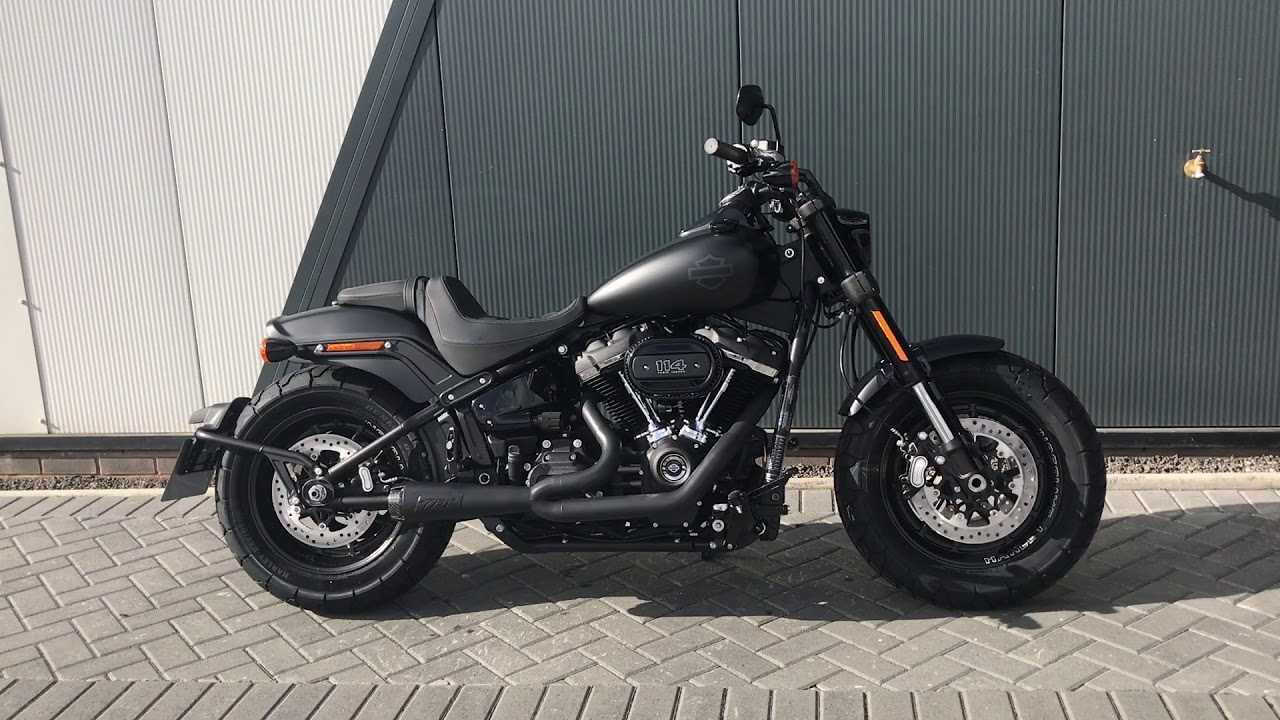 2018 harley davidson softail fat bob 114 two brothers racing exhaust wchd glasgow scotland. Black Bedroom Furniture Sets. Home Design Ideas