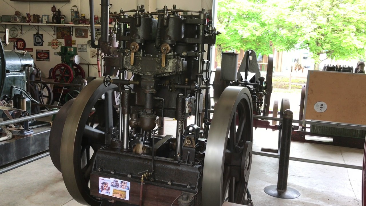 30 hp Union gas engine running out of fuel - YouTube