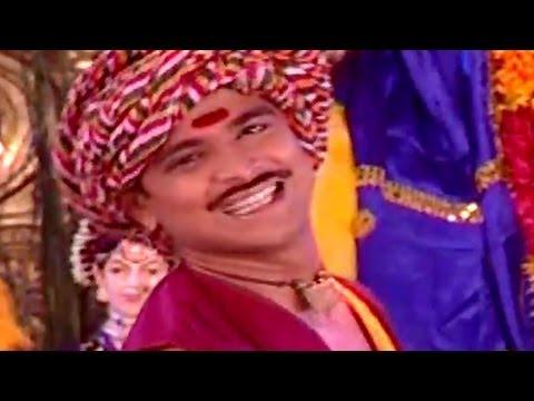 Dhol Vajato - Ganpatichya Lagnachi Aali Varat, Marathi Gauri Ganpati Song