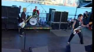 Green Day - 2000 Light Years Away Live @ Goat Island