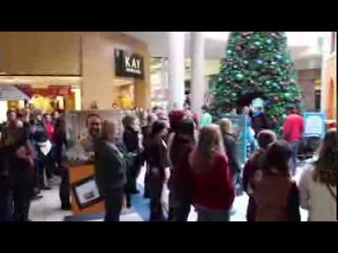 Choral Flash Mob at Pacific View Mall