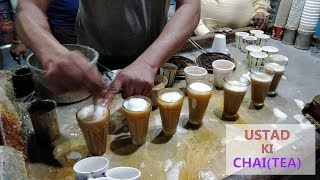 INCREDIBLE CHAI WALA IN DELHI | FASTEST TEA MAKER | INDIAN STREET FOOD | only making