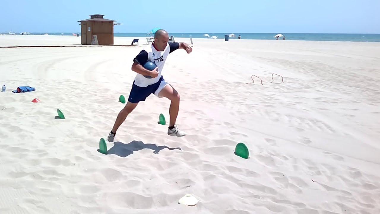 rutina de ejercicios para hacer en la playa