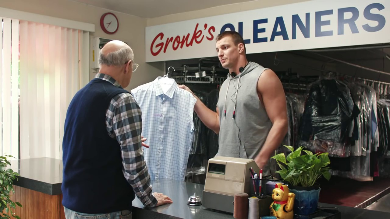 tide super bowl commercial 2017 part i gronk s cleaners discount youtube. Black Bedroom Furniture Sets. Home Design Ideas