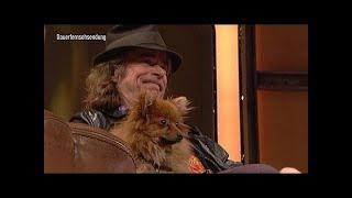 Helge mit Hund im Talk - TV total