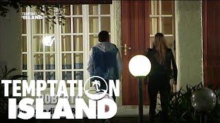 Temptation Island 2016 - Il bacio tra Roberto e Melissa - Quarta puntata