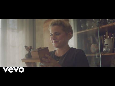 Смотреть клип Jeanette Biedermann - Deine Geschichten