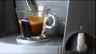 Desfrute do verdadeiro café expresso com a Lavazza Blue(http://www.youtube.com/subscription_center?add_user=anforadearomas -- Tecnologia e eficiência com design e marca Lavazza. Desde a sua fundação em ..., 2014-06-09T11:32:32.000Z)