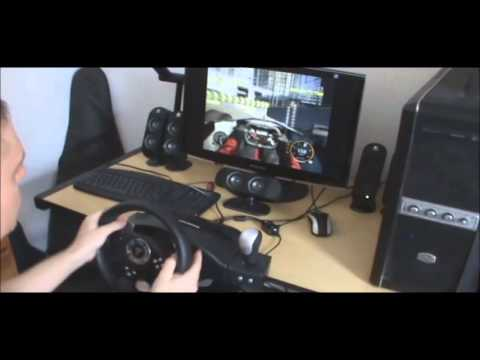Thrustmaster RGT Force Feedback Racing Wheel - PC Video Games