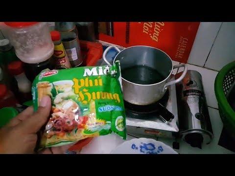 Làm món miến Phú Hương cùng hột gà vườn ăn tối