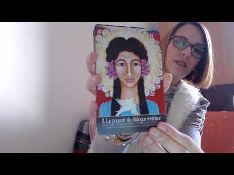 457  REVIEW La Femme Sacrée de Shushann Movsessian et Gemma Summers
