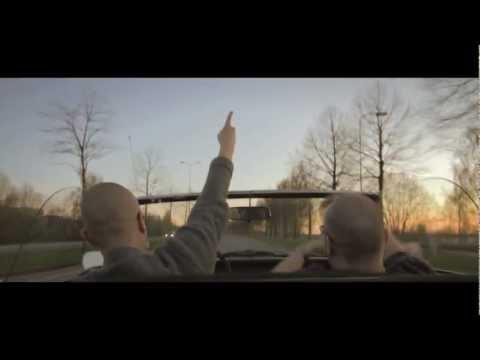 SILKINPEHMEE - Passaa tohon käteen Feat. Kalle Kinos (Supreme Team)