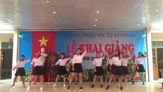 """Nhảy hđ """"Gọi tên Việt Nam"""" (Khai giảng năm học 2017 - 2018)"""