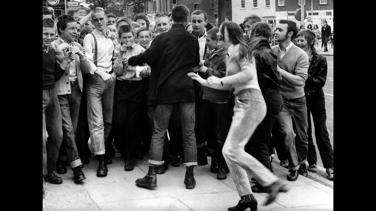 the views of american skinheads American skinheads have also committed thousands of lesser crims: beatings, stabbings  parents rarely approve of the skinhead children's views or way of life.