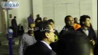 وصول أحمد شاكر وأحمد عيد لعزاء والدة شريف وعمرو عرفه