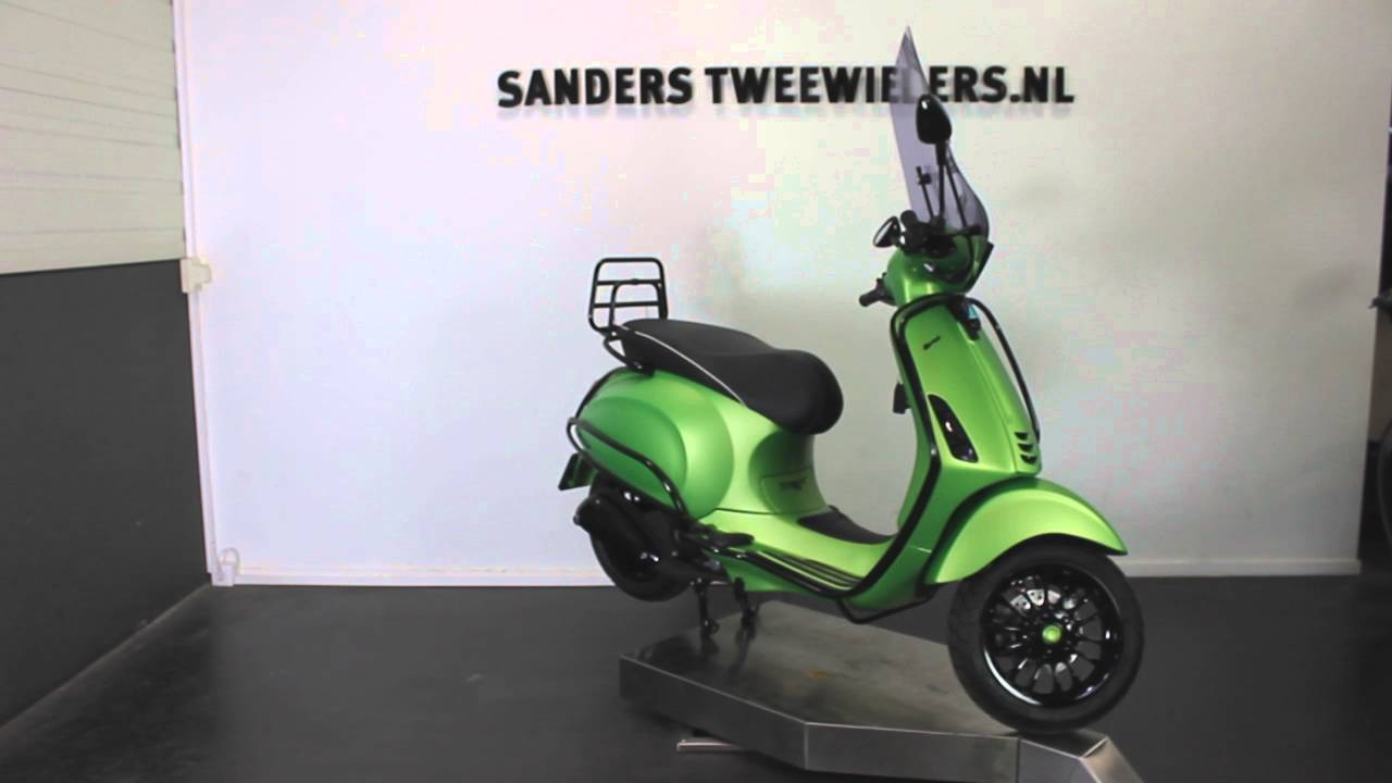Super Vespa Sprint mat groen special - YouTube IB-85