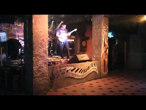 Little Guitar  Tremolo's part (Eddie Van Halen guitar solo) performed by me