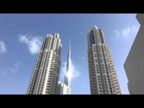33 minutes of Burj Khalifa, Dubai, relaxing video.