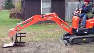 Jims New Excavator #28 - Yet Another Chair Gets Crushed.
