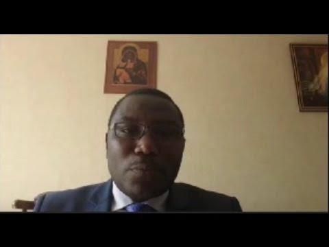 Padiri Thomas Nahimana avuye mu mihango yo kwibuka Jenoside yakorewe Abahutu mu Burundi
