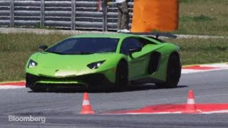 Lamborghini Aventador Superveloce: Faster and Lighter