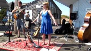 Robin Carrigan - 2009 Point Roberts Arts and Music Festival [2:56]