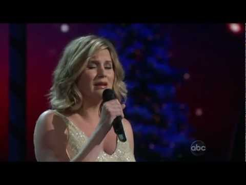 Jennifer Nettles - -Count Your Blessings- ((CMA Country Christmas 2012)) -