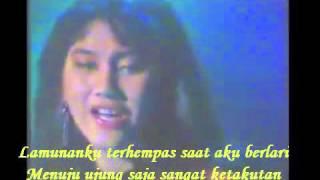 Nike Ardilla - Meraih Rembulan (Lirik Video)
