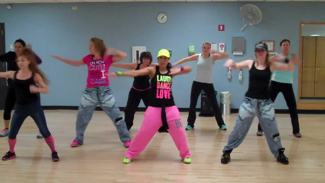 Senam Aerobic Zumba Free Style Dance Untuk Gerakan Otot Perut Download Mp3