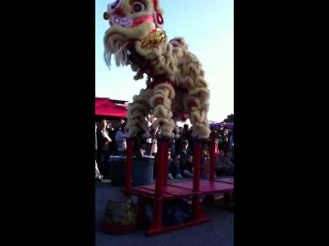 Chinese Dragon Jumping on Platforms