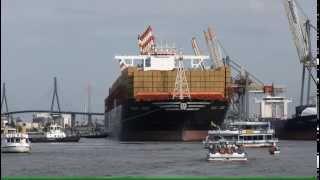 MSC Zoe : Das größte Containerschiff der Welt 01.08.2015 im Hamburg