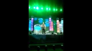 Mor Bani Thanghat Kare - stage performance(singing)