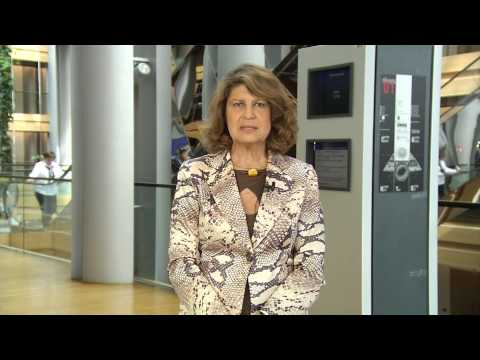 Silvia Costa (MEP and Chair of Culture & Education Commettee) about garagErasmus