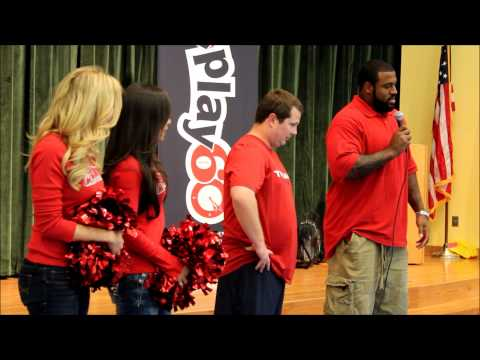 Duane Brown & Houston Texans visit Moreno Elementary for NFL Play 60