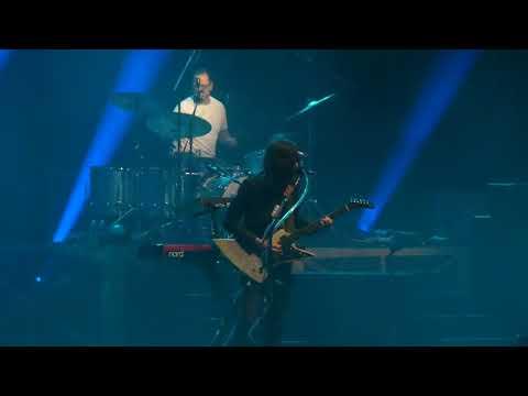 """Paranoid (Black Sabbath Cover) Full Song & Living in LA"" Weezer@Baltimore Arena 3/17/19 Mp3"