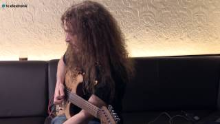 "Guthrie Govan demos his ""Dotted Eighths"" TonePrint for the Flashback Delay pedal"