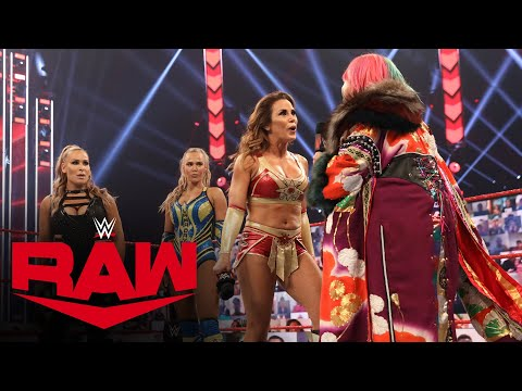 Asuka is confronted by Mickie James, Natalya and Lana: Raw, Aug. 31, 2020