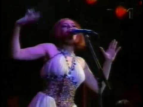BUALA Classics  - DEE LITE *Groove is in the Heart (Live in Roskilde 1991)