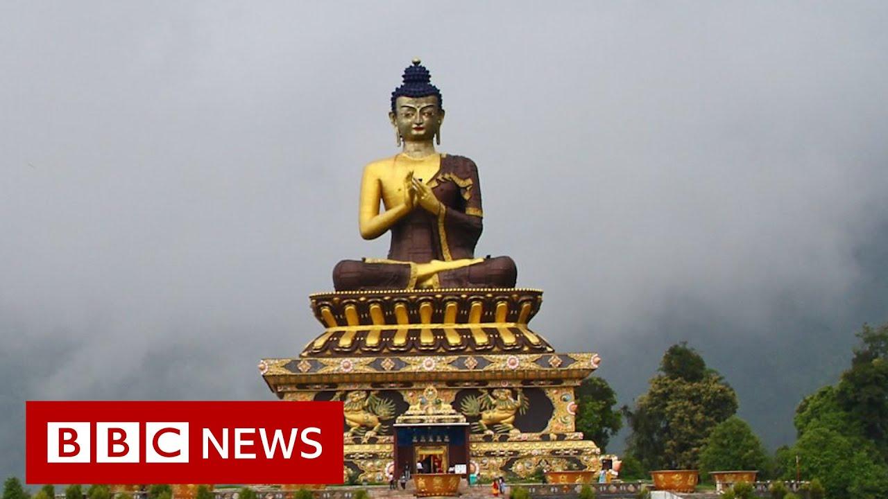 Covid sweeps India's Buddhist monasteries - BBC News